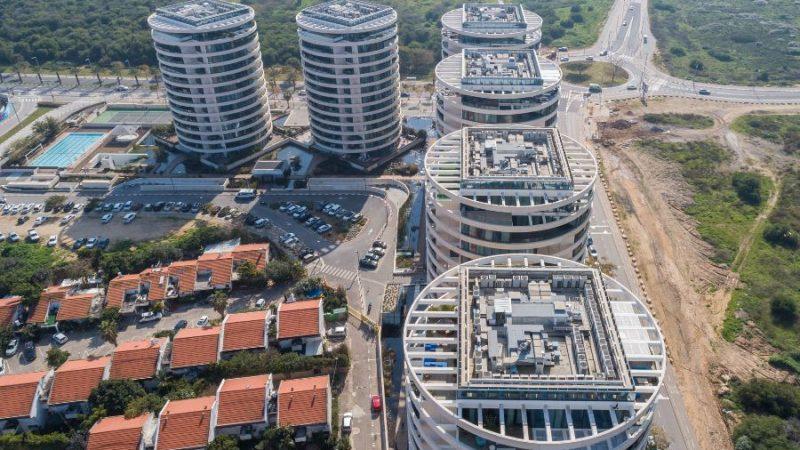 מתחם מגורים בלו – גלילות, תל אביב